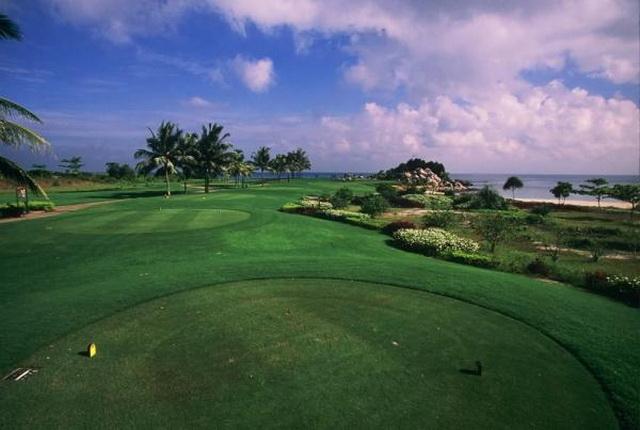 Bintan Lagoon Golf