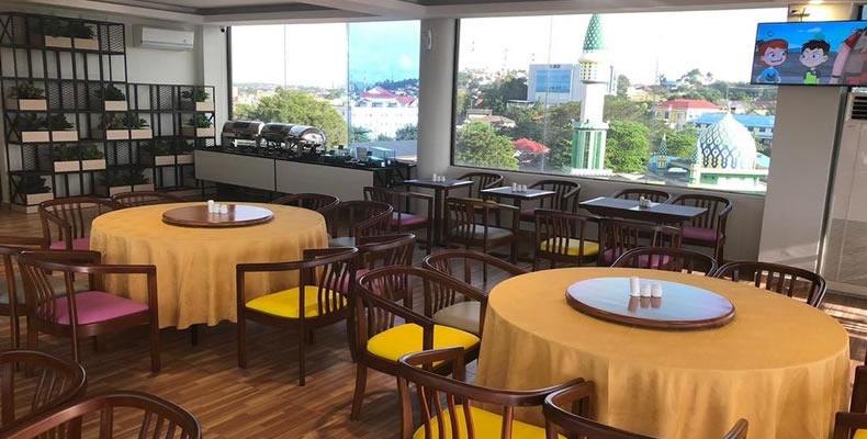 Nite & Day Laguna Hotel