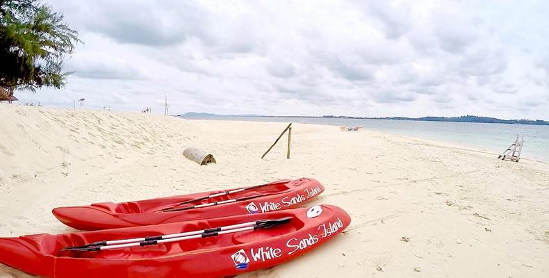 Trikora Snorkeling Tour